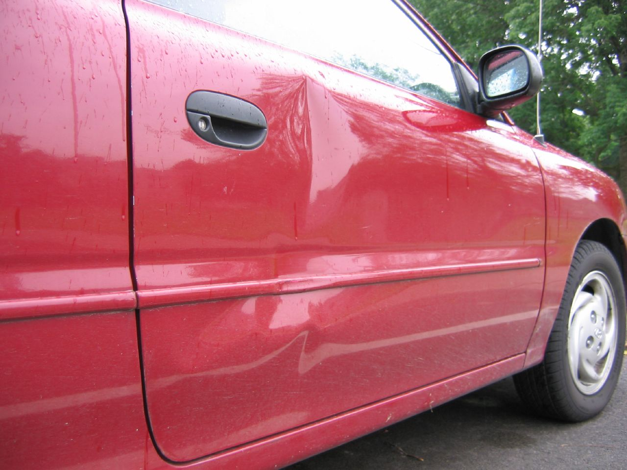 shocking video of dent in car